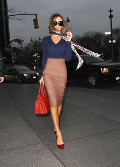 high waisted pencil skirt, red pumps in the perfects shade