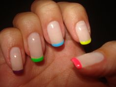 tried doin my nails like this