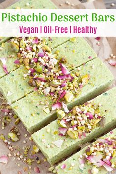 pistachio dessert These vegan dessert bars are full of delicious pistachio and vanilla flavor, with a sweet date and nut crust. The perfect refreshing spring-time dessert! Healthy Vegan Desserts, Vegan Dessert Recipes, Vegan Treats, Delicious Vegan Recipes, Drink Recipes, Pistachio Dessert, Vegan Pistachio Cake, Cheesecake, Dessert Bars