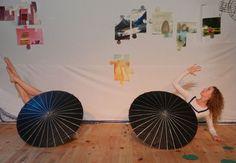 Les Voyageurs du Mouvement - Entre danse et théâtre, ce spectacle fera rêver les enfants à partir de 4 ans. Truffé de bonnes idées, les artistes mettent en scène une belle alchimie du mouvement.