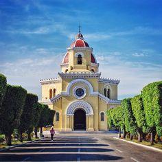 Necrópolis Cristóbal Colón - La Habana Cuba by meschats1220
