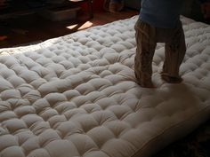 DIY instructions for how to make an all wool futon mattress #Sleepys