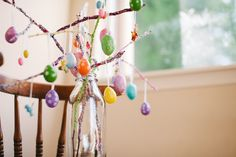 Hey hey hey - I made a stick tree! Easter Tree, Easter Eggs, Egg Tree, Easter Ideas, Spring, How To Make, Diy, Bricolage, Handyman Projects