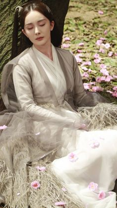Traditional Asian Chinese Ancient Palace Princess Costume, Elegant Hanfu Water Blue Ink Painting Dress, Chinese Imperial Princess Tailing Clothing, Chinese Cosplay Fairy Princess Empress Queen Cosplay Costumes for Women Peach Blossom Tree, Peach Blossoms, Eternal Love Drama, Zhao Li Ying, Min Yoonji, Fairy Princesses, Hanfu, Historical Clothing, Costumes For Women