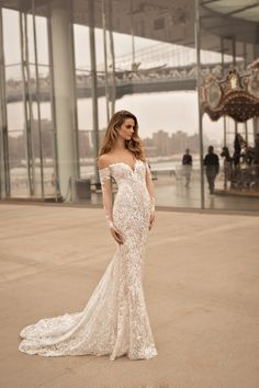 If you're after daring, ultra glamorous and completely unique bridal gowns, then you NEED to see the Berta Bridal 2018 collection. Hot off the press, could these be the most in-demand wedding dresses in the world? Wedding Dresses 2018, Elegant Wedding Dress, Bridal Dresses, Bridesmaid Dresses, Dress For Wedding, Extravagant Wedding Dresses, Spring Wedding, Formal Dresses, Berta Bridal 2018