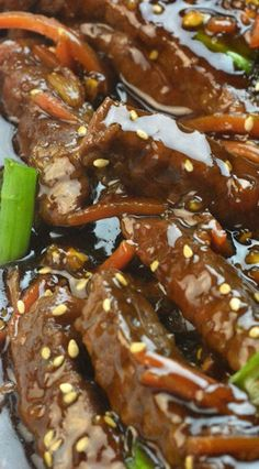 A little sweet mixed with savory and that creamy sauce makes this Instant Pot Mongolian beef a must make dinner this week. Lamb Recipes, Quick Recipes, Asian Recipes, Cooking Recipes, Ethnic Recipes, Chinese Recipes, Easy Cooking, Chicken Recipes, Instant Pot Pressure Cooker