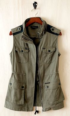 This 100% cotton army vest silhouette is universally flattering with jeans and dresses alike. The look is fierce and you can style it how you want to, embracing a little masculinity and contrasting it with a feminine piece.