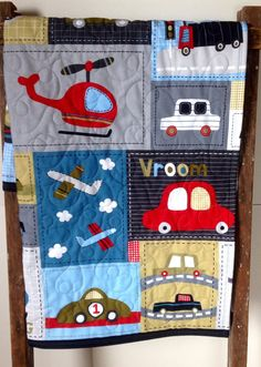 Edredón niño Vroom vehículo Patchwork Panel rojo gris por CoolSpool