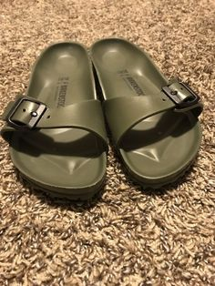 6d4fe4f73b50 Hunter Green Birkenstock Sandals Size 39  fashion  clothing  shoes   accessories  womensshoes  sandals (ebay link)