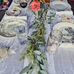 Love this wedding reception tablescape Floral Centerpieces, Wedding Centerpieces, Wedding Table, Wedding Reception, Wedding Venues, Wedding Decorations, Table Decorations, Elegant Wedding, Rustic Wedding