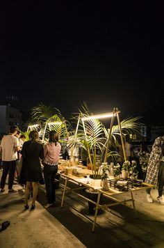 Post Standards Food Cart Design, Retail Facade, Wooden Pallet Furniture, Garden Cafe, Market Displays, Coffee Shop Design, Garden Wedding Decorations, Booth Design, Location
