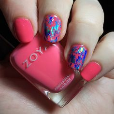 This one blows me away... Zoya Micky with blue holo foil accents. Such contrast, so wow. #mani #notd #nailfoils #zoya #zoyamicky #pink #holo #blue #polish #nails #manicure #mani