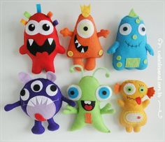 Lovely Monsters PDF Pattern by walartesanal on Etsy Monster Dolls, Monster Birthday Parties, Monster Party, Ugly Dolls, Felt Patterns, Animal Patterns, Sewing Toys, Felt Toys, Felt Ornaments
