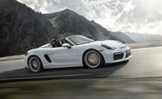 Near Perfection: Porsche Boxster Spyder Tested! - Photo Gallery of Instrumented Test from Car and Driver - Car Images - Car and Driver