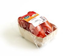 Wooden #tray for @TomatoCa Fan #packaging by Van der #Windt Packaging Belgium