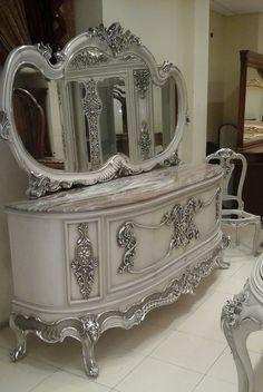 Suzy Homefaker: Silver Metallic Painted Furniture
