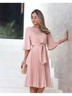 Modest Dresses, Simple Dresses, Pretty Dresses, Casual Dresses, Fashion Dresses, Summer Dresses, Formal Dresses, Mode Outfits, Skirt Outfits