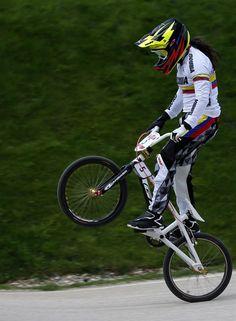 Mariana Pajon Racing Baby, Bmx Racing, Bmx Bikes For Sale, Cycling Bikes, Bmx Ramps, Levi Jackson, Bmx Pro, Bmx Cycles, Bmx Cruiser