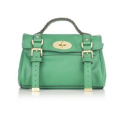 love everything about this minus the price tag_Mulberry mini cross bag Mulberry Alexa, Mulberry Bag, Mint Bag, Mint Purse, Green Purse, Cute Bags, Girls Wear, Girls Best Friend, Style Guides
