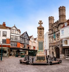 Výlet do Canterbury Canterbury, Street View, Mansions, House Styles, Cities, Manor Houses, Villas, Mansion, Palaces