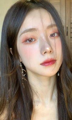 Makeup Korean Style, Korean Natural Makeup, Korean Eye Makeup, Korea Makeup, Korean Makeup Ulzzang, Natural Summer Makeup, Cute Makeup, Pretty Makeup, Hair Makeup
