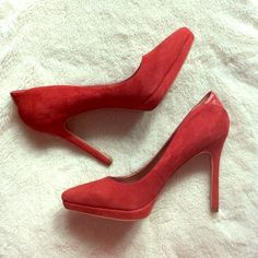 Red Suede Heels HOT HOT HOT! Red suede platform heels from Sam Edelman in size 7 1/2. These were worn once to a wedding and are in great condition. One small scuff on right toe as seen in third picture. Soles and heel tips in perfect condition. These run true to size. 1/2 inch platform and 4 inch heels. Comes with box. Sam Edelman Shoes Heels
