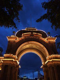 Kobenhavn Mansions, House Styles, Travel, Home Decor, Viajes, Decoration Home, Manor Houses, Room Decor, Villas