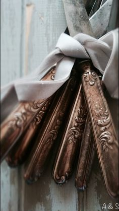 Cutlery tied with a velvet ribbon
