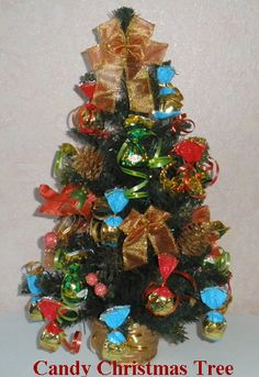 Christmas centerpieces - Candy Christmas tree