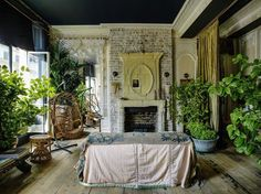 I blogged Sera of London's luscious interiors in the past here  and here . I have been waiting for a glimpse of a new space ever since. A...