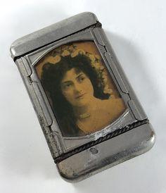 Antique Match Case Vesta Case Two Photos Unique Vintage, Etsy Vintage, Vintage Ladies, Vintage Items, Sepia Color, Vintage Photo Frames, Vintage Purses, Photo Look, Woman Face