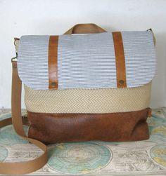 Nantucket // Messenger bag // Backpack // Convertible by atlaspast
