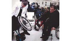 Centre d'essai de fauteuils roulants, 200 modèles à tester ! - Techno (8565)
