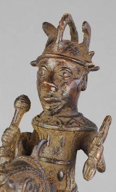 Superbe cavalier - Statue - Bronze du BENIN - Horse rider figure - MC0 – Galerie de la Louve - Art Tribal Africain - African Tribal Art Gallery Statues, Art Tribal, Rider, Art Premier, Bronze, Great Power, Sculpture, Buddha, Art Gallery