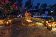 "EP Henry pavers in Old Towne Cobble™, Pewter Blend, 90° Herringbone Pattern; 6"" Double Sided Tudor Wall™, Pewter Blend; Fire Pit Kit, Pewter Blend"