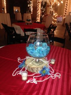 Large Bandy Sniffer centerpiece