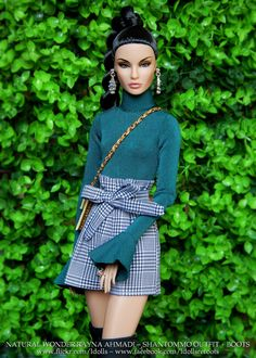 Rayna in Shantommo Barbie Style, Barbie Gowns, Barbie Dress, Diy Barbie Clothes, Doll Clothes, Fashion Royalty Dolls, Fashion Dolls, Barbie Fashionista, Chinese Clothing