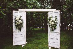 Wedding backdrop | Wedding & Party Ideas | 100 Layer Cake