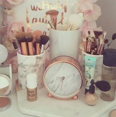 Rose gold bedroom decor ideas about on copper hot pink and new look co living room . Rose Gold Room Decor, Rose Gold Rooms, Gold Bedroom Decor, Rose Gold Pink, White Bedroom, Pink Gold Bedroom, Room Decor Bedroom Rose Gold, Pink Room, Diy Bedroom