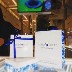 هدايا تيرا إيكلات المميزة Did u get a Terra Eclat gift? #realbutterflywing #terraeclat#jewellery#gemstones #fashionista#jewelery#hashtag #Instagram #Riyadh#Dubai#trend #saudidesigner#loveit#saudipride #ranyahseraj#butterfly #بنات #هاشتاق #جدة #فاشن #ستايل#موضه#مجوهرات #كويت #قطر #رانيةسراج ---------------------------------------------