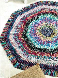 Love this pattern. Would prefer fewer colors in a single rug; alternating white and gray with black and gray; alternating blue and purple with fushia and purple; lime and olive with yellow and lime...