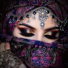 Arabic Bridal Party Wear Makeup Tutorial Step by Step Tips & Ideas 2018 - Makeup Tips Bridal Eye Makeup, Indian Bridal Makeup, Party Makeup, Arabian Eyes, Arabian Makeup, Glamorous Makeup, Gorgeous Makeup, Amazing Makeup, Makeup Inspo