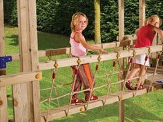DIY Homemade Rope Bridge Ideas | NewNise