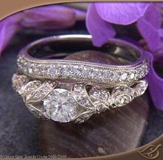 Love this ring. Not so much the band that goes with it.