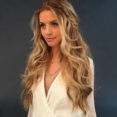 11 sweet & romantic hairstyle ideas for the wedding - frisuren - Wedding Hairstyles Try On Hairstyles, Romantic Hairstyles, Popular Hairstyles, Hairstyle Ideas, Wedding Hairstyles For Long Hair, Black Girls Hairstyles, Hairstyles For Christmas Party, Evening Hairstyles, Long Hair Wedding Styles