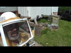 ▶ Stop a Bee Hive from Swarming - splitting a hive