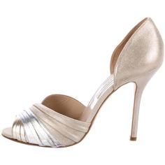 Pre-owned Oscar de la Renta Metallic Peep-Toe Pumps (415 BRL) ❤ liked on Polyvore featuring shoes, pumps, metallic, oscar de la renta, suede peep toe shoes, suede pumps, pre owned shoes and peep toe shoes