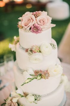 Photography: Matt Edge Wedding Photography - mattedgeweddings.com  Read More: http://www.stylemepretty.com/california-weddings/2014/07/04/al-fresco-calistoga-wedding-with-layers-of-pink/