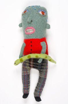 amy_arnold_textile_sculture_nakeboy