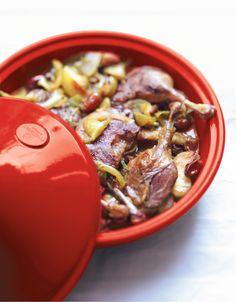 Tajine de confit de canard aux pommes et aux dattes pour 6 personnes - Recettes Elle à Table